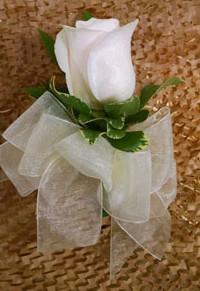Standard-single-rose-corsage-min
